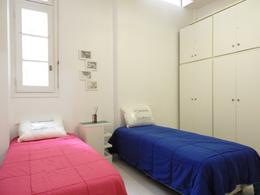 Foto Departamento en Alquiler temporario en  Balvanera ,  Capital Federal  Rivadavia al 3200