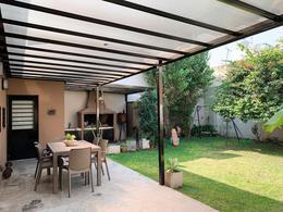 Foto Casa en Venta en  Moron Sur,  Moron  Arenales al 1100