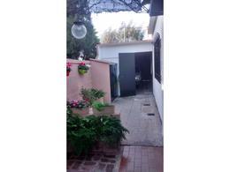 Foto Casa en Venta en  Rafael Calzada,  Almirante Brown  THORNE 1662 RAFAEL CALZADA