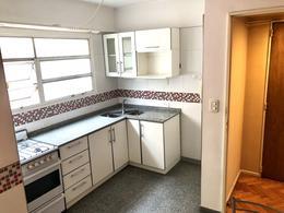 Foto Departamento en Venta en  P.Rivadavia,  Caballito  Av. Jose Maria Moreno al 200