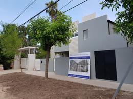 Foto Casa en Venta en  El Talar,  Tigre  RECONQUISTA al 1300