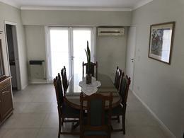 Foto Casa en Venta en  Adrogue,  Almirante Brown  RIVADAVIA 198