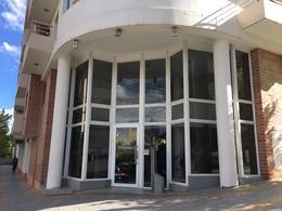 Foto Departamento en Alquiler en  Área Centro Este ,  Capital  República de Italia N° al 200