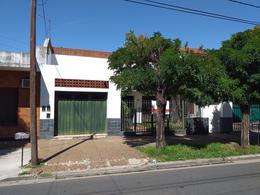 Foto Casa en Venta en  Ramos Mejia Sur,  Ramos Mejia  Arriola al 2100
