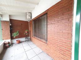 Foto PH en Venta en  Villa Ballester,  General San Martin  Belgrano al 5600 e/Junín y Chacabuco