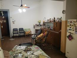Foto Casa en Venta en  Remedios de Escalada de San Martin,  Rosario  SAN LUIS al 4500
