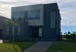 Foto Casa en Venta | Alquiler en  Los Castaños,  Nordelta  Los Castaños