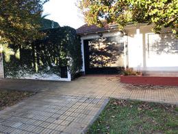 Foto Casa en Venta en  Lomas de Zamora Oeste,  Lomas De Zamora  Alvarez Thomas 922