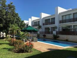 Foto Casa en Venta en  Solidaridad ,  Quintana Roo  CASA EN RESIDENCIAL PLAYACAR- 3 REC.- ROOFTOP - ALBERCA PRIVADA- PLAYA DEL CARMEN