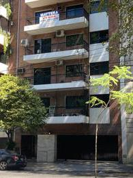 Foto Departamento en Venta en  Barracas ,  Capital Federal  MONTES DE OCA al 200