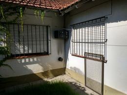 Foto Casa en Venta en  Almirante Brown ,  G.B.A. Zona Sur  Rosales al 600