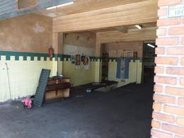 Foto Local en Venta en  Parque Chacabuco ,  Capital Federal  Zelarrayán 1800