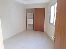 Foto Departamento en Alquiler en  Alberdi,  Cordoba  PASO DE LOS ANDES 78