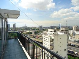 Foto thumbnail Departamento en Alquiler temporario en  San Telmo ,  Capital Federal  Av. San Juan al 200, entre Balcarce y Paseo Colón