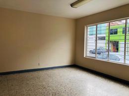 Foto Oficina en Renta en  Toluca ,  Edo. de México  LUGAR PARA ESCUELA, OFICINA O CALL CENTER