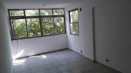 Foto Departamento en Venta en  La Plata ,  G.B.A. Zona Sur  45 e/ 6 y 7