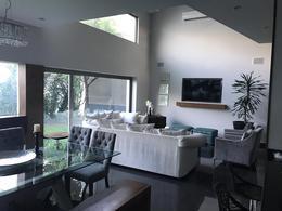 Foto Casa en Renta en  Lagos del Vergel,  Monterrey  Casa en RENTA a reestrenar, en LAGO DEL VERGEL- Carretera Nac.  (VSC)