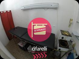 Foto Local en Alquiler en  Villa Luro ,  Capital Federal  Acassuso al 5300