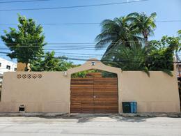 Foto Casa en Venta en  Ejidal,  Solidaridad  A dos calles de la Carretera Federal y a una calle de la Ave. Juárez