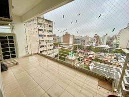 Foto Departamento en Venta en  Centro,  Rosario  Mendoza al 1100  Piso 9 - 3 Dormitorios - Balcón Corrido