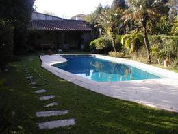 Foto Casa en Venta en  Mart.-Vias/Santa Fe,  Martinez  Emilio Mitre al 200