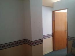 Foto Oficina en Venta   Alquiler en  Lomas de Zamora Oeste,  Lomas De Zamora  PELLEGRINI 57