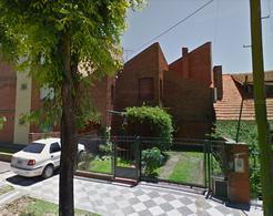 Foto Casa en Venta en  Monte Grande,  Esteban Echeverria  Belgrano al 500