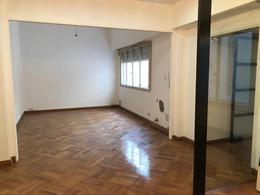 Foto Departamento en Alquiler en  Recoleta ,  Capital Federal  Uriburu al 1500