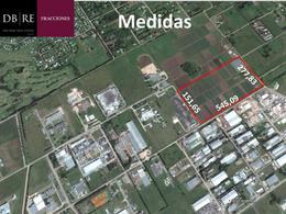 Foto Terreno en Venta en  Parque Industrial Pilar,  Pilar  Calle 5
