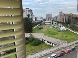 Foto Oficina en Alquiler en  Centro Norte,  Quito  Confortable oficina , muy bien ubicada.