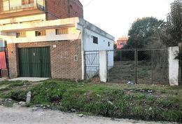 Lote con construcción en pleno centro Villa Rosa, Pilar