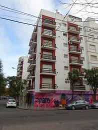 Foto Departamento en Venta en  La Perla,  Mar Del Plata  3 de Febrero y San Luis