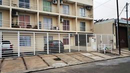 Foto Departamento en Alquiler en  Moron,  Moron  Barbosa al 300
