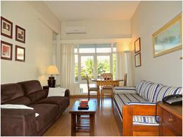 Foto Departamento en Venta en  Playa Mansa,  Punta del Este  Apartamento de 2 dormitorios frente a la Mansa