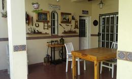 Foto Casa en Venta en  Banfield Oeste,  Banfield  Darragueira 630