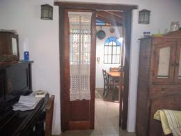 Foto Casa en Venta en  Castelar Norte,  Castelar  Ventura Bustos al 3300