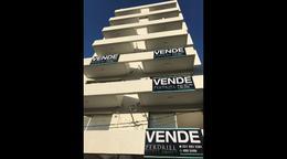 Foto Departamento en Venta en  La Plata,  La Plata  18 e/ 61 y 62 n1410