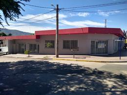 Foto Local en Alquiler en  Cosquin,  Punilla  San Martin al 100