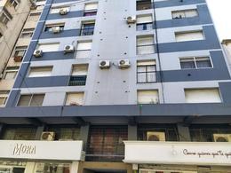 Foto Departamento en Venta en  La Plata ,  G.B.A. Zona Sur  9 e 47 y 48