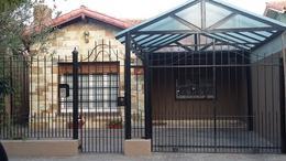 Foto Casa en Venta en  Adrogue,  Almirante Brown  30 de Septiembre al 1800