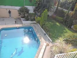Foto Casa en Venta en  Lomas de Cortes,  Cuernavaca  Venta de propiedad, 6 consultorios, Lomas de Cortes...Clave 2351