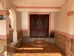 Foto Casa en Venta en  Parque La Talaverna,  San Nicolás de los Garza  Calle Pedernal No. al 400