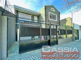 Foto Casa en Venta en  Banfield Oeste,  Banfield  BALIÑA 2015
