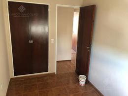 Foto Departamento en Venta en  Remedios De Escalada,  Lanus  Del Valle Iberlucea al 4400