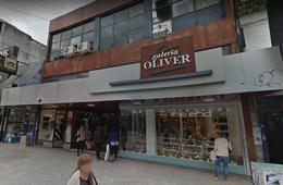 Foto Local en Alquiler en  Lomas de Zamora Oeste,  Lomas De Zamora  Galería Oliver local 32
