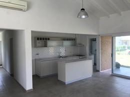 Foto Casa en Venta en  Los Talas ,  Canning (Ezeiza)  Moderna propiedad en Alquiler o venta Barrio Los Talas Canning