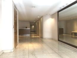Foto Departamento en Venta en  Recoleta ,  Capital Federal  Av. Alvear al 1700 9 piso