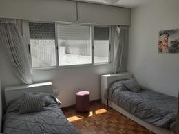 Foto Departamento en Venta en  Punta Carretas ,  Montevideo  Hermoso apartamento al frente a metros de Shopping