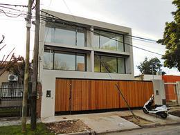 Foto Casa en Venta en  San Isidro,  San Isidro  Blas Parera 300