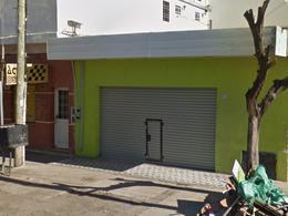 Foto Local en Alquiler en  San Miguel,  San Miguel  Av. Pres. Arturo Umberto Illia al 5000